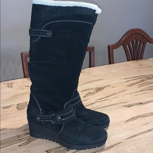 Earth Black boot size 8